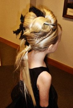 a hairstyle I did on a flower girl for a #wedding on #Halloween #allisonhdz #allisonhernandez #updo