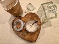 Az anyakovász frissítése és tárolása - Kovász Labor Tea Lights, Minion, Candles, Homemade, Recipes, Breads, Bread Rolls, Food Recipes, Rezepte
