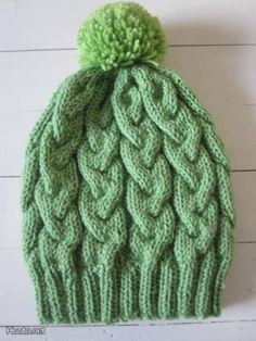 Palmikkopipo / Knitted stocking cap