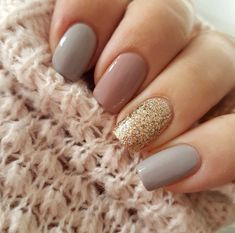 #NailArtIdeas Gel Nail Polish Designs, Grey Nail Designs, Nails Design, Cool Nail Designs, Acrylic Nail Designs, Acrylic Nails, Sand Nails, Love Nails, Pink Grey Nails