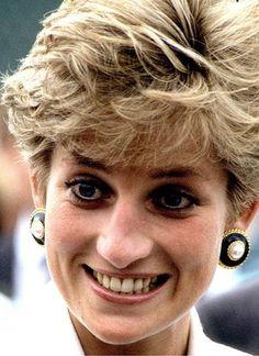 Prinzessin Diana: Königin der Herzen | GALA.de