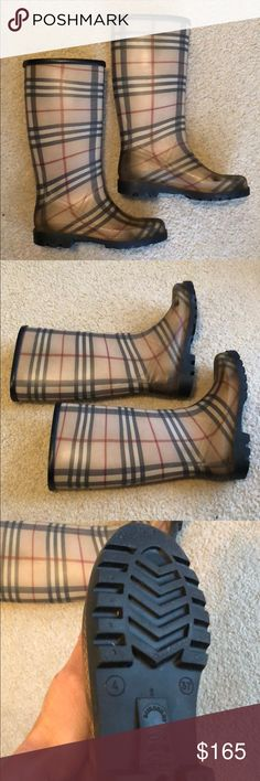 Burberry Rain Boots Authentic Used Has wear Size 37 (4) Fits better 6,5 Made in Italy Ask if you need more pictures/Infos before buying to avoid returns/problems Sols as is. Burberry Shoes Winter & Rain Boots