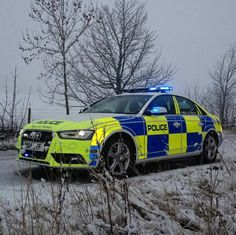 Police Light Bars, Rescue Vehicles, Police Vehicles, British Police Cars, Police Patrol, Cars Uk, Emergency Vehicles, Law Enforcement, Cops