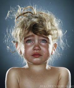 Waarom huilen al deze kinderen op de foto? - #famme www.famme.nl