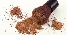 Cacao amaro in polvere e amido di mais per fare un bronzer eco-bio fai da te