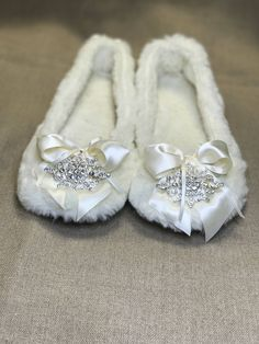 Items similar to wedding ballet slipper on Etsy Ballet Fashion, Organza Bags, Ballet Style, My Etsy Shop, Slippers, Dance Shoes, Bridesmaid, Luxury, Plush