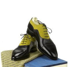 Real Leather Two Tone Pointed Cap Toe Lace Up Oxford Handcrafted Shoes for Men's - Dress/Formal