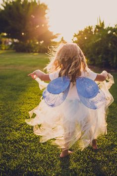 まるで妖精♡自然に溶け込む、fairyなwedding dressイメージを集めました♡にて紹介している画像