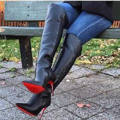 Discover a wonderful New diapason women knee high footwear. Go flat for the day, then vamp it by overnight with our heeled patterns. Thigh High Boots Heels, Heeled Boots, Bootie Boots, Women's Over The Knee Boots, High Leather Boots, Sexy Boots, Jeans And Boots, Outfit, Behavior