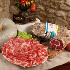 Coppa of Parma PGI - Buy online for a special price Parma Ham, Coarse Salt, Wines, Tapas, At Least, Pork, Stuffed Peppers, Cheese, Meat