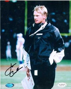 "Jon ""Chuckie"" Gruden the traitor Raiders Pics, Oak Raiders, Raiders Stuff, Raiders Baby, Oakland Raiders Football, Football Boys, Raider Nation, Football Pictures, Sports Stars"