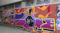 Brighton street art | graffiti: Daffy Duck (photo 1)