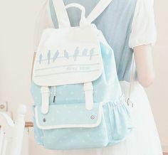 sac en bleu clair, sac femme en cuir de couleur bleu pale