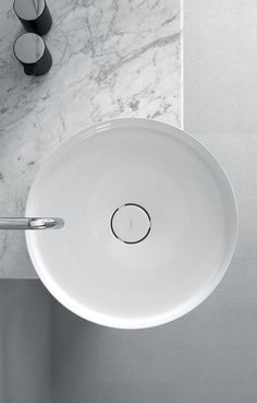 Inbani | Bowl basin. Do you want your bathroom to look luxurious and modern? Get the best tips for your bathrooms and another home design ideas at http://www.homedesignideas.eu/ #contemporary #interiordesign