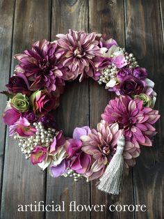 紫のダリアとバラのモダンリース♡