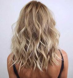 Medium Wavy Haircuts