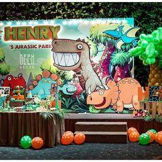 Whoo hoo! Lets explore Henry 's jurassic park #jurassicpark #jurassicworld #dinosaur #dinosaurparty #dinosaurtheme #birthdayideas #birthdayparty #partyideas #backdrop #jungle #candybar #decor #decoration #inthewood #cute #birthday #kids #boys #green #turingone #desserttable #sweet #balloons #GEEKsg #GEEKdecorsg #saigon #HCMC