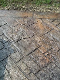 stamped concrete for a patio/walkway/driveway Stamped Concrete Patterns, Stamped Concrete Driveway, Cement Patio, Concrete Driveways, Patio Stone, Flagstone Patio, Walkways, Decorative Concrete, Concrete Stamping