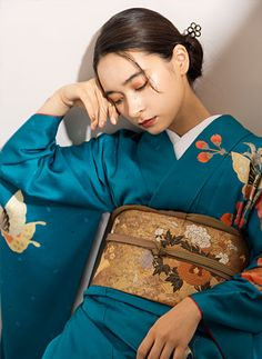 Ethnic Fashion, Kimono Fashion, Urban Fashion, Traditional Fashion, Traditional Dresses, Kimono Design, Ethnic Dress, Chinese Clothing, Japanese Outfits
