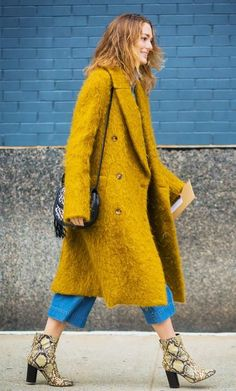 Styling Tips>> furry trench and culottes | ELLE
