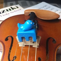Mute with cute! Do you think your young string-players might practice longer if they were using an animal practice mute? Blue whale & purple rabbit shown here; other colors available. Fits 3/4 size violins, small violas & 4/4 violins (images here show mutes on 13 inch viola) #violin #viola #violinist #violist #fiddle #fiddler