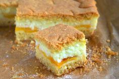 Budyniowe ciasto z kokosem i brzoskwiniami Polish Desserts, Polish Recipes, Sweet Recipes, Cake Recipes, Dessert Recipes, Holiday Desserts, No Bake Desserts, Sweets Cake, Cupcake Cakes