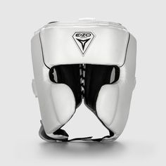 Eizo - The Next Generation of Professional Boxing Equipment Professional Boxing, Boxing Punches, In Pursuit, Boxing Gloves, Headgear, Workout Gear, Sport Outfits, Ears, Athlete