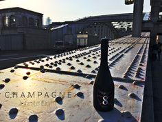 Champagne Infinite Eight