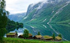 Lake Lovatnet in the Lodalen Valley in Nordfjord. Loen in Sogn og Fjordane, Norway