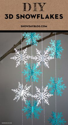 Love these snowflake garlands Diy Snowflake Decorations, Diy Christmas Snowflakes, Diy Christmas Garland, Snowflake Garland, Snowflake Craft, Diy Garland, 3d Snowflakes, Table Decorations, Christmas Crafts To Sell Handmade Gifts