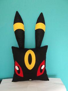 almofada Umbreon - Pokémon - encomendas pela minha página no facebook https://www.facebook.com/Boutique-Geek-190519287960073/?fref=ts