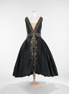 Robe de Style House of Lanvin  (French, founded 1889) Designer: Jeanne Lanvin (French, 1867–1946) Date: fall/winter 1926 Culture: French Medium: silk, rhinestones, pearls Dimensions: Length at CB: 53 in. (134.6 cm) Credit Line: Brooklyn Museum Costume Collection at The Metropolitan Museum of Art, Gift of the Brooklyn Museum, 2009; Gift of Ogden Goelet, Peter Goelet, and Madison Clews, 1962 Accession Number: 2009.300.2506