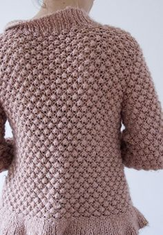 Great idea for using berry pattern in a cardi Knitting Designs, Knitting Patterns, Knooking, Hand Knitted Sweaters, How To Purl Knit, Pullover, Crochet Clothes, Cardigans For Women, Clothing Patterns