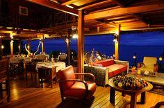 Terrasse du Tsara Komba Lodge by night Archipelago, Best Resorts, Hotel Reviews, Lodges, Trip Advisor, Terrace, Pergola, Outdoor Structures