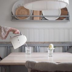 #GoodMorning! Have you got the #kettle on? Let's start the day with #style! #Buongiorno ! Concediti un momento di relax e inizia la tua giornata con #stile! Great picture via @mylittlesilverlinigs #smeg50style #Breakfast #BreakfastTime #NordicStyle #smeg #buongiornocosì #teatime #tea #coffee #homemade #interiorlovers #interiordesire #archilovers #retro #foodlovers #cool #loveit #mood #food #baking #delicious #instafood #foodlover #foodstagram