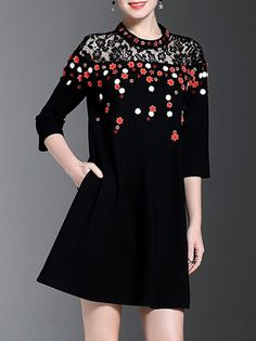 Buy it now. Black Flowers Applique Pockets Shift Dress. Black Round Neck Three Quarter Length Sleeve Polyester A Line Short Fabric has no stretch Summer Casual Day Dresses. , vestidoinformal, casual, camiseta, playeros, informales, túnica, estilocamiseta, camisola, vestidodealgodón, vestidosdealgodón, verano, informal, playa, playero, capa, capas, vestidobabydoll, camisole, túnica, shift, pleat, pleated, drape, t-shape, daisy, foldedshoulder, summer, loosefit, tunictop, swing, day, offthe...