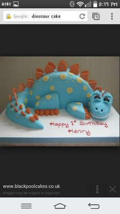 Dinosaur cakeI would loveeeeee to make a dinosaur cake Dinosaur Birthday Cakes, 4th Birthday Cakes, Dinosaur Party, Birthday Ideas, Birthday Cake Kids Boys, Birthday Board, Kindergarten Party, Make A Dinosaur, Dinosaur Cakes For Boys