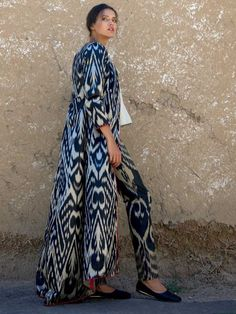 Amal Embroidered Maxi Jacket with Pleats / Black – Welcome – Bibi Hanum – Online shopping for luxury ikat kaftans, contemporary designer clothes, handicrafts and souvenirs from Uzbekistan Casual Outfits, Fashion Outfits, Steampunk Fashion, Gothic Fashion, Female Pirate Costume, Pirate Costumes, Medieval Gown, Gypsy Skirt, Renaissance Clothing