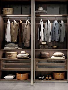 Wardrobe Design Bedroom, Master Bedroom Closet, Bedroom Wardrobe, Wardrobe Closet, Walk In Closet Design, Closet Designs, Closet Layout, Dressing Room Design, Men Closet