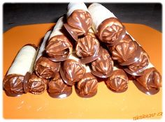 Show details for Recept - Trubičky poctivé domácí Czech Recipes, Russian Recipes, Ethnic Recipes, Sweet And Salty, Cupcake Recipes, Icing, Christmas Cookies, Sweet Recipes, Almond