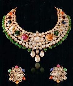 Indian Jewelry Sets, Royal Jewelry, Ruby Jewelry, India Jewelry, Gems Jewelry, Jewelery, Gem Necklaces, Trendy Jewelry, Jewellery Sketches