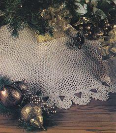 Christmas Tree Skirt Crochet Pattern - Matching Stocking
