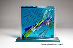 'Shifting in the Still of Light' by Canadian sculptor Angela Verlaeckt Clark. Thermofused Glass.
