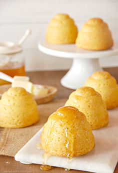 Honey Cornbread Cakes - can be made into muffins if you don't have a mold Cornbread Cake, Honey Cornbread, Cornbread Muffins, Corn Muffins, Cupcakes, Cupcake Cakes, Protein Smoothies, Smoothie Recipes, Dessert Recipes