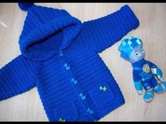 Вяжем детский кардиган / кофту ♥ Часть 1 кокетка ♥ Вяжем крючком ♥ Wild Rose ♥ - YouTube Crochet Coat, Crochet Baby Shoes, Crochet Jacket, Crochet For Boys, Crochet Blouse, Crochet Clothes, Baby Boy Sweater, Baby Sweaters, Knitting For Beginners