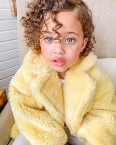 Greyson Regina Land greyson_land - Mood all weekend long. And Bitty is doing just that. Cute Young Girl, Cute Baby Girl, Cute Babies, Kids Fever, Baby Fever, Fashion Kids, Girls Winter Fashion, Cute Mixed Kids, Pretty Mixed Girls