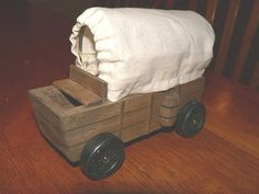 covered wagon pinewood derby car