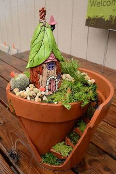 Broke a flower pot? It's the perfect fairy garden in the making. Get the tutorial at HomeTalk.