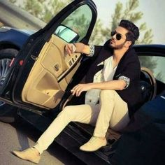Handsome Boy in Car Cool and Stylish fb Dp for Boys Stylish Dpz, Stylish Boys, Mens Photoshoot Poses, Bike Photoshoot, Boy Fashion, Mens Fashion, Boys Dps, Swag Boys, Photo Poses For Boy