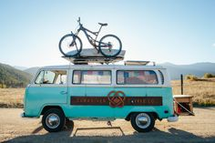 #NeverLateisBetter  van-life:  1971 Volkswagen (Ol Blue) | Rocky Mountain National Park Colorado |   Episode three of the Basin and Range Unscripted Series featuresCarabiner Coffee Company a mobile coffee shop based out of a beautiful baby blue VW van. They travel from town to town spreading love positivity happiness and a love for the outdoors to everyone they come in contact with.  Watch the video:https://www.youtube.com/watch?v=oMaUilDyaKc  Read his full story:http://bit.ly/2e8N0aZ  Visit…